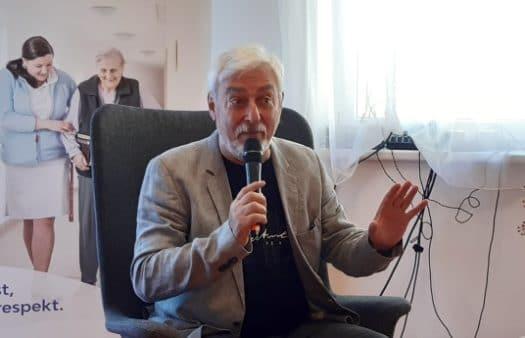 Křeslo pro hosta přivítalo moderátora pana Jana Rosáka